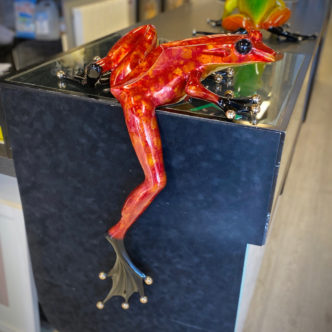 Frogman Willie Jump Red